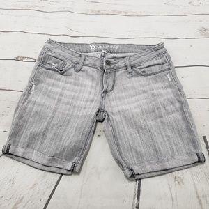 B By Bullhead Jean Shorts Size 1 Womens Gray Denim